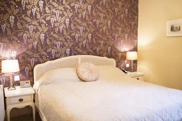 Guest bedroom at Warwick House