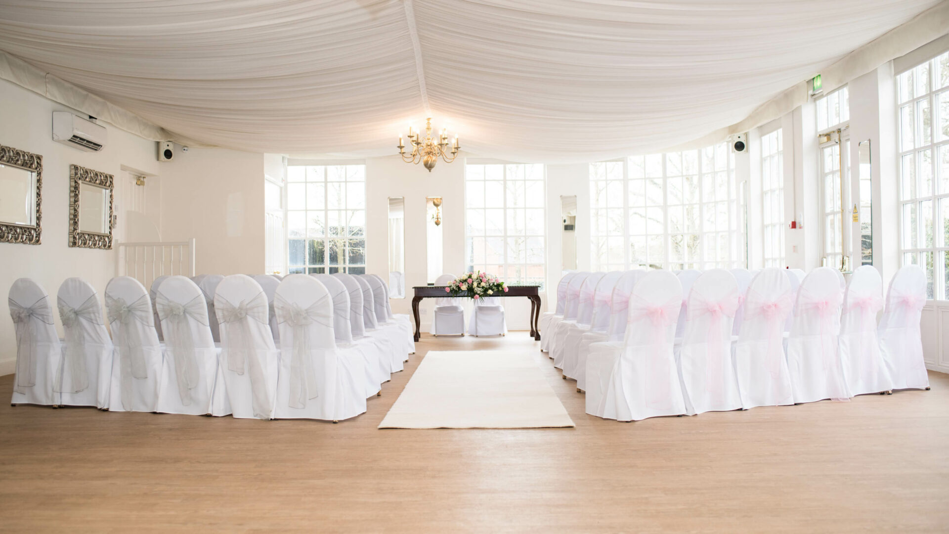 Modern Weddings in Warwick