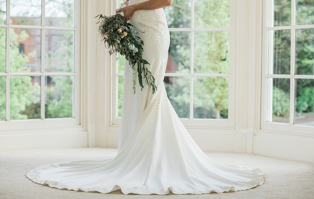 5562f7d80b0 Second-hand Wedding Dresses  To Buy Or Not To Buy