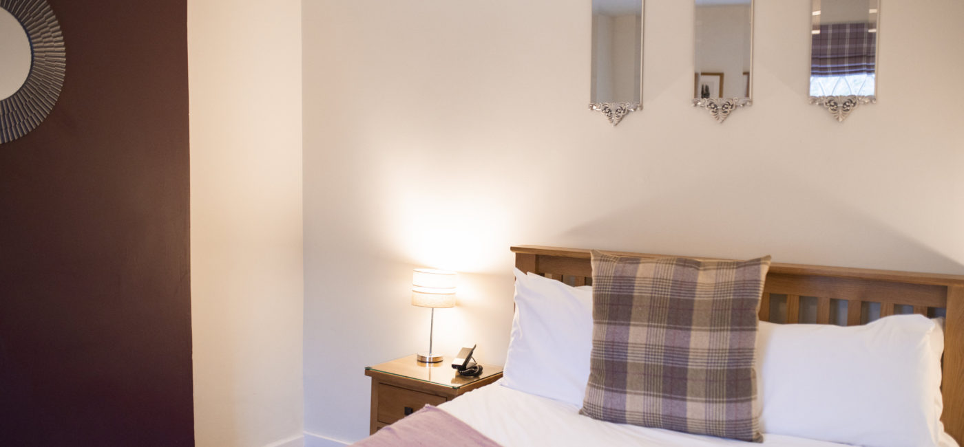 Convenient Guest Accommodation at Warwick House